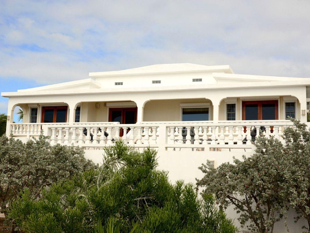 Lockrum Point Villa