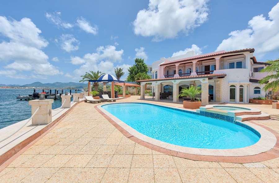 Cielos Azules Villa