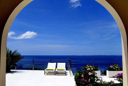Dream in Blue Villa Rental