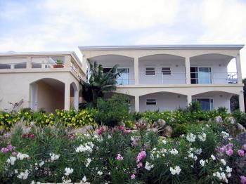 Beach Court Villa