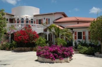 Coyaba Villa