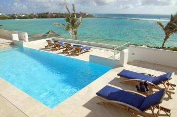 Le Bleu Villa