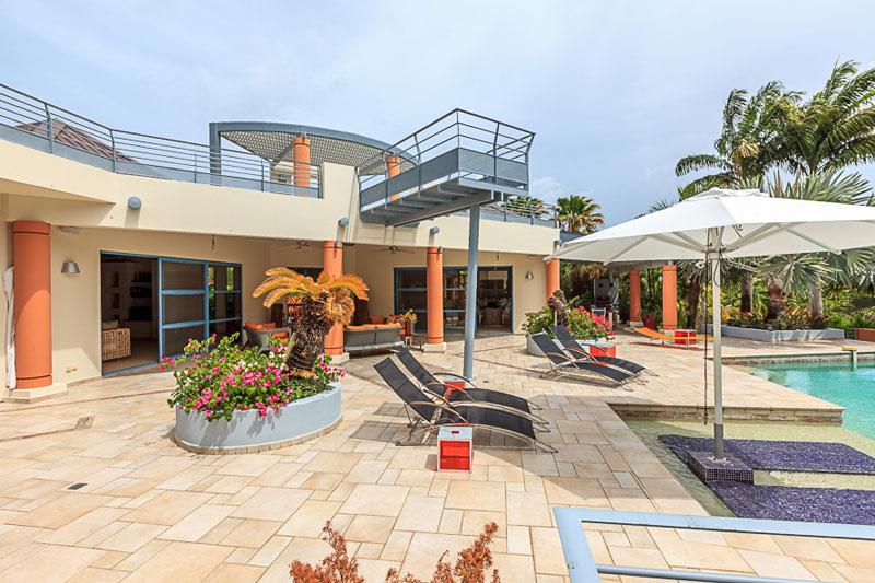 Blue Palm Villa - For Sale
