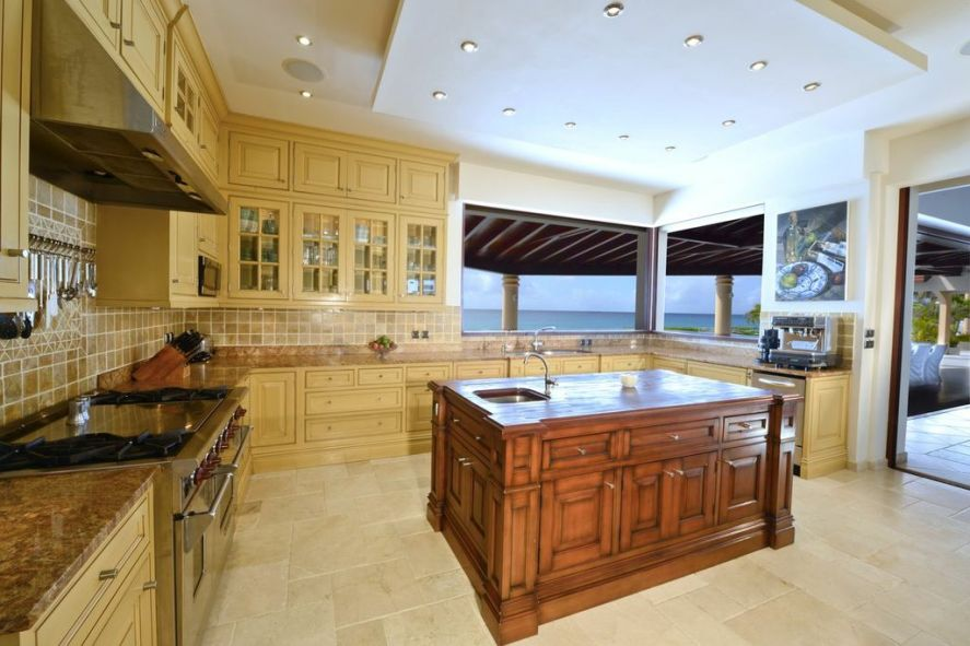 Casa de la Playa - For Sale