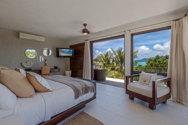 Kamique Three - Aquamarie Villa